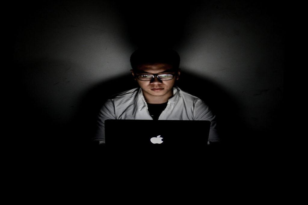 Falsos influencers, cómo detectarlos