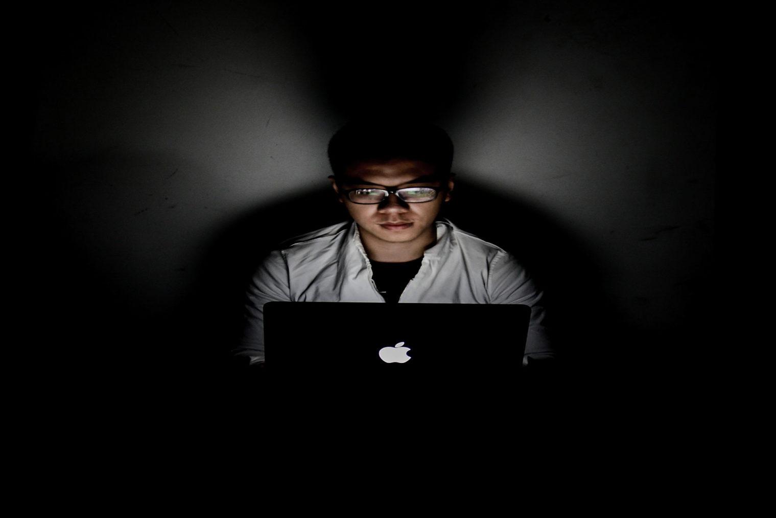 Falsos influencers, 5 consejos para detectarlos.